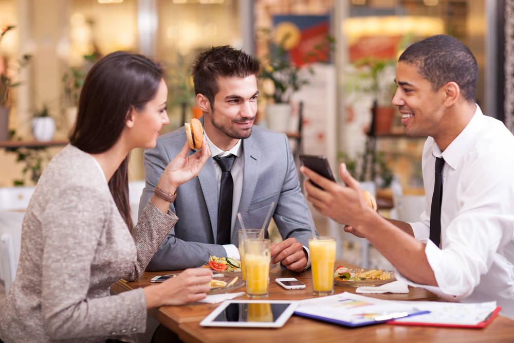Por qué hacer las reuniones de trabajo en un buen restaurante