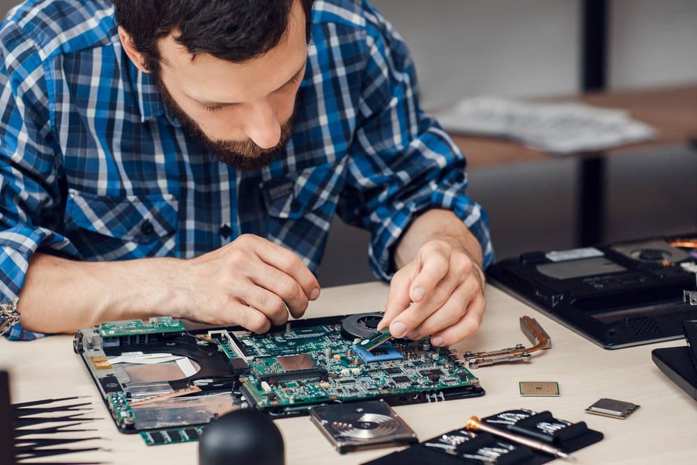 Beneficios del mantenimiento informático de tu empresa