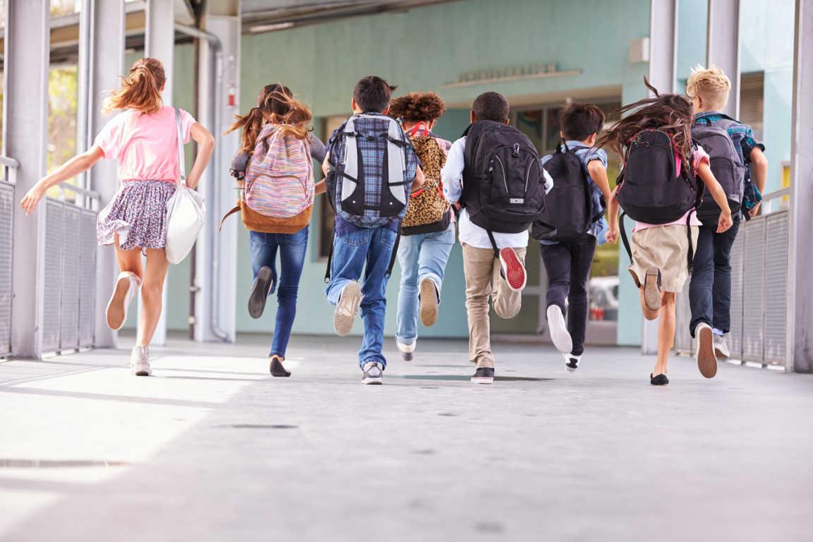 La falta de equipamiento escolar de calidad impide una buena educación