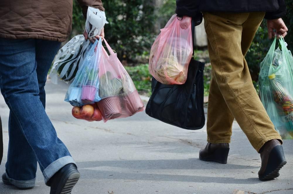 ¿Cómo se fabrican las bolsas de plástico?